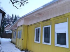 CHV Vordächer und Überdachungen Sonderanfertigung Dachkonstruktion Containeranlage